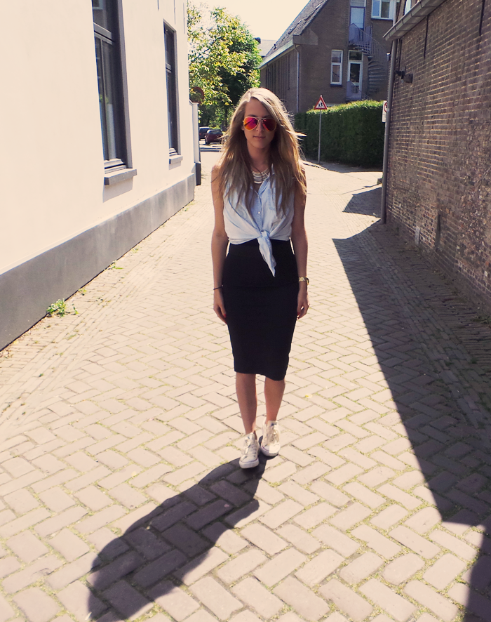 Zara Zwangerschapskleding.Outfit Zara Kokerrok Loavies Com Zonnebril All About The Style