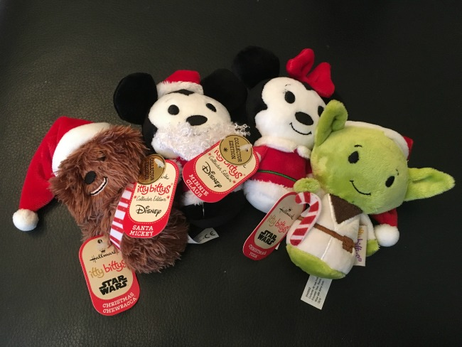 Hallmark-itty-bittys-Christmas-chewbacca-mickey-mouse-minnie-mouse-and-yoda-from-disney-and-star-wars