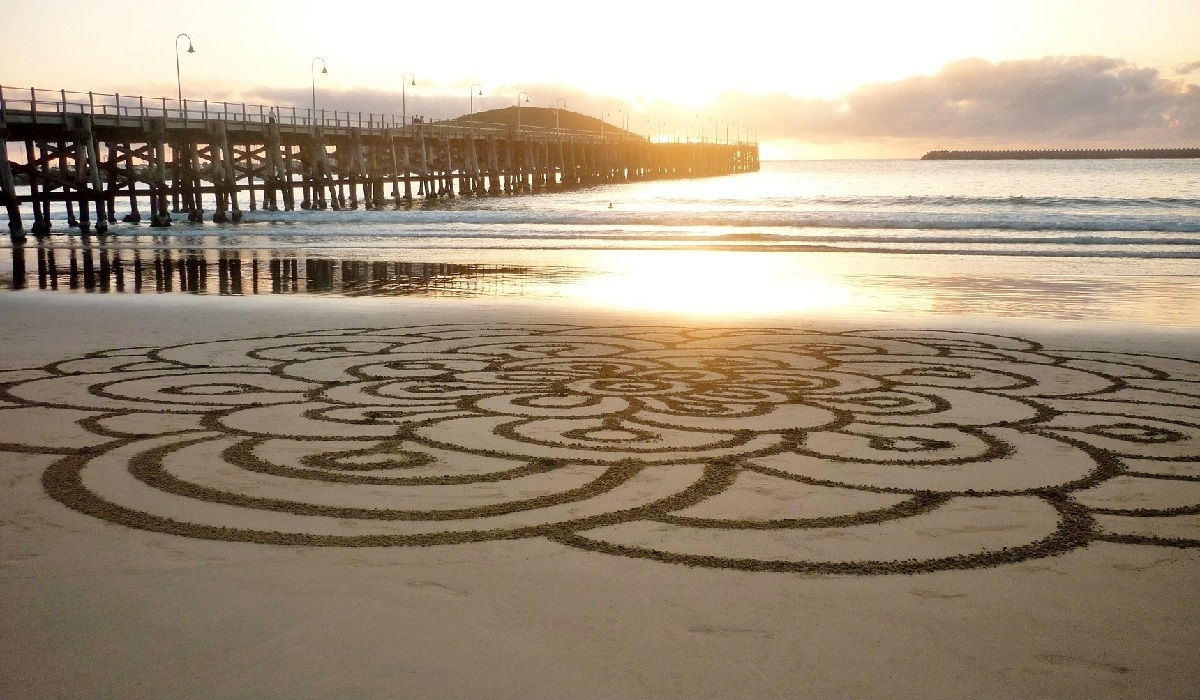 Gerry joe weise land art gerry joe weise concentric circles sand drawing coffs harbour jetty beach australia 2016 private collection nvjuhfo Image collections