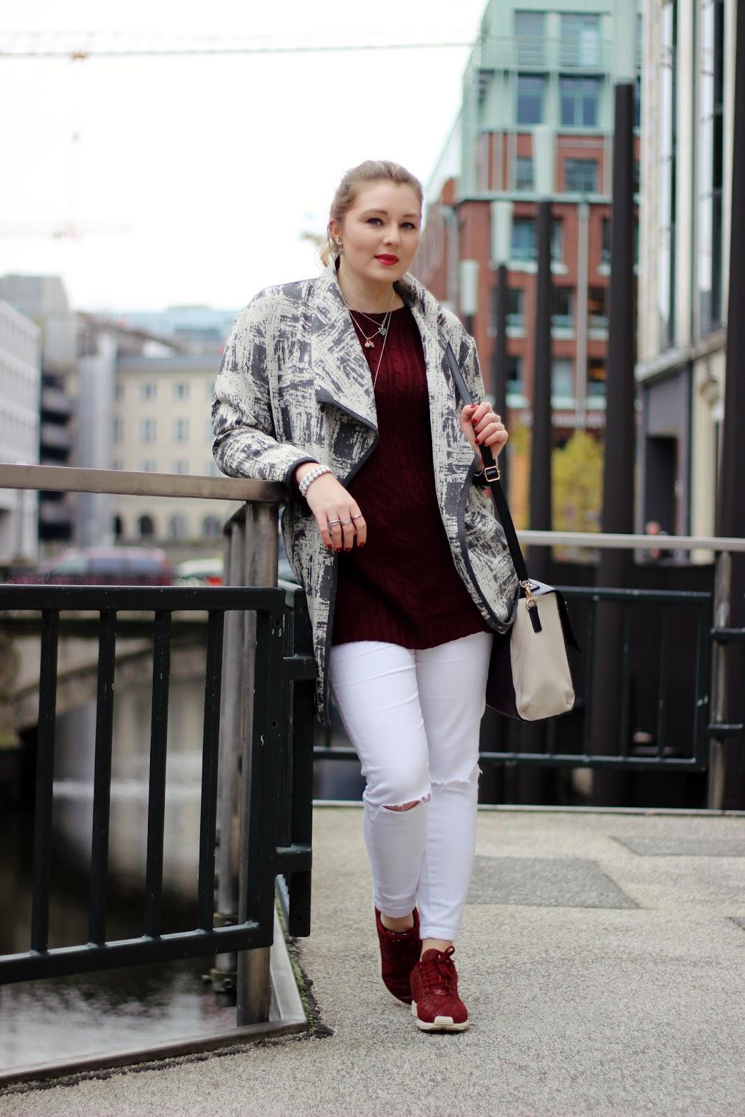 burgund, marsala, trendfarbe, marble, marmor, jacke, ripped jeans, weinrot, Adidas Flux mit Struktur, XL Schal, Hamburg