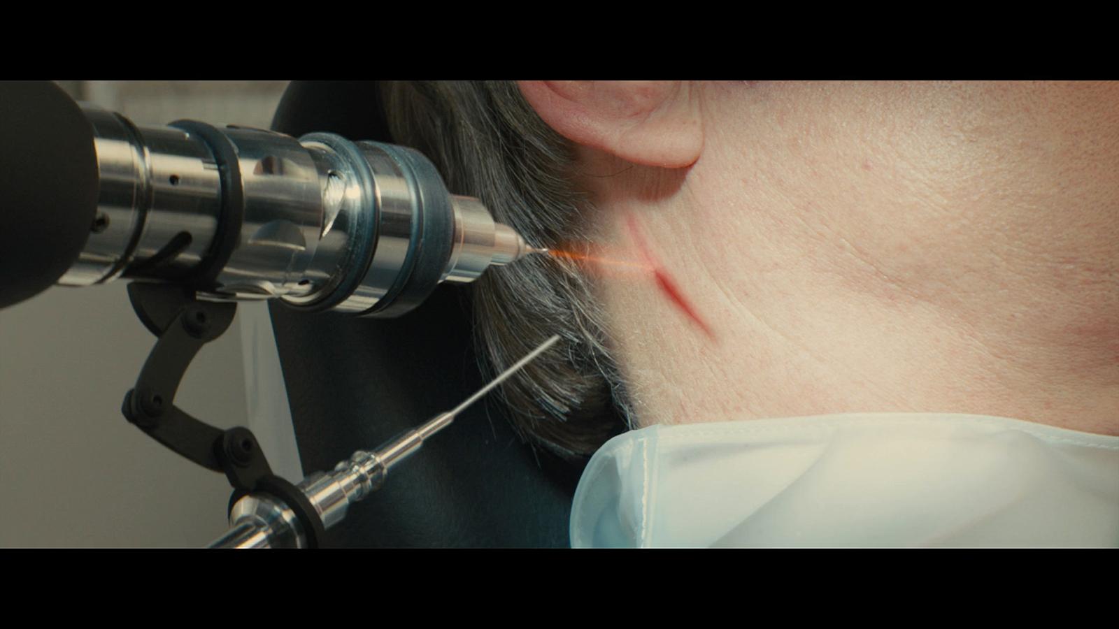 Kingsman: El Servicio Secreto (2014) UNRATED BRRip 1080p Latino-Ingles captura 2