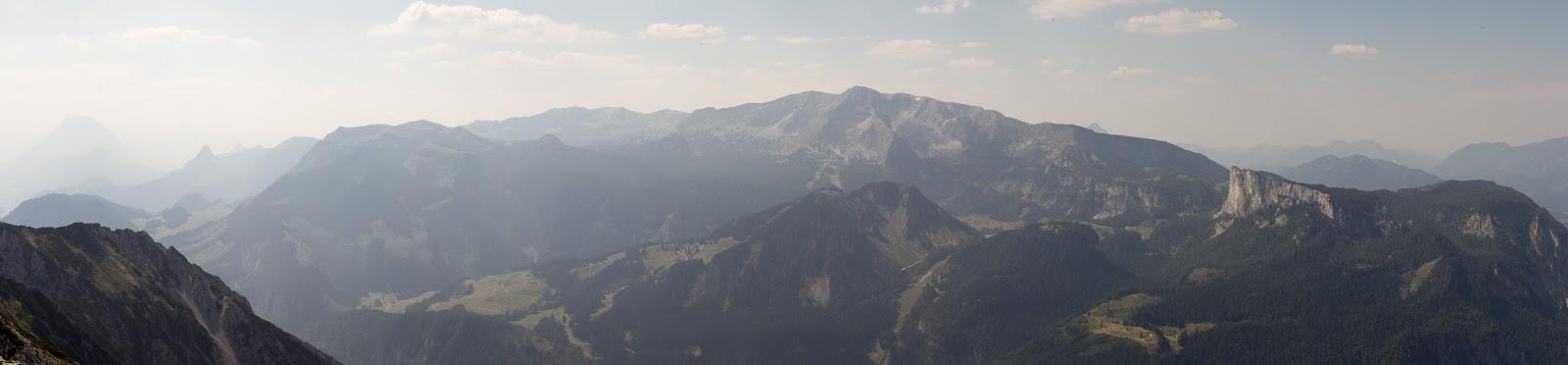 Von der Ardningeralmhütte über den Wildfrauensteig auf Frauenmauer, Bosruck und Kitzstein. - Panoramablick vom Bosruck
