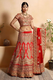 Indian-designer-bridal-lehenga-saree-fashion-trends-for-girls-3
