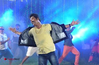Ennodu Nee Irundhaal Tamil Movie Gallery  0009.jpg