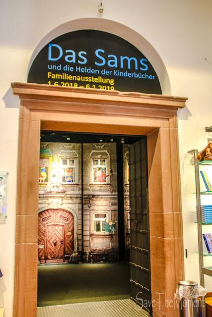 Eingang zur Samsaustellung in Speyer im Jumus
