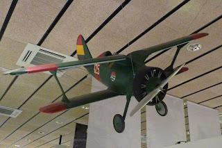 Maqueta de una avioneta de la Guerra Civil Española.