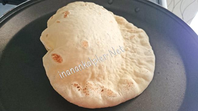 Bazlama Ekmek Kabarırken