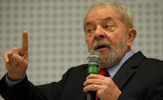 Lula lê Harper Lee na prisão, diz coluna