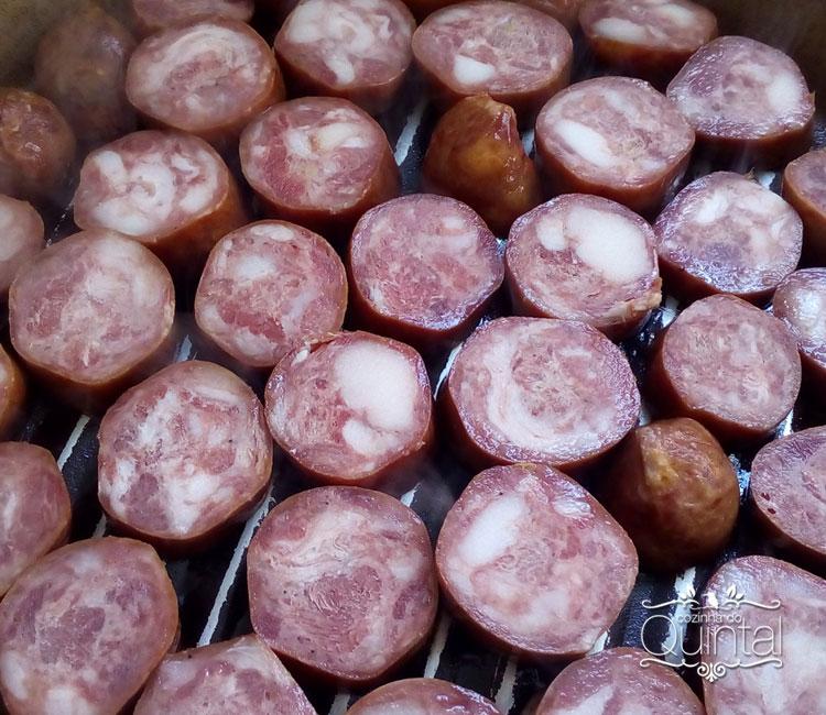 Linguiça Portuguesa é uma delícia, mas tem uma gordura!