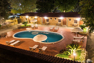 country house piscina roma