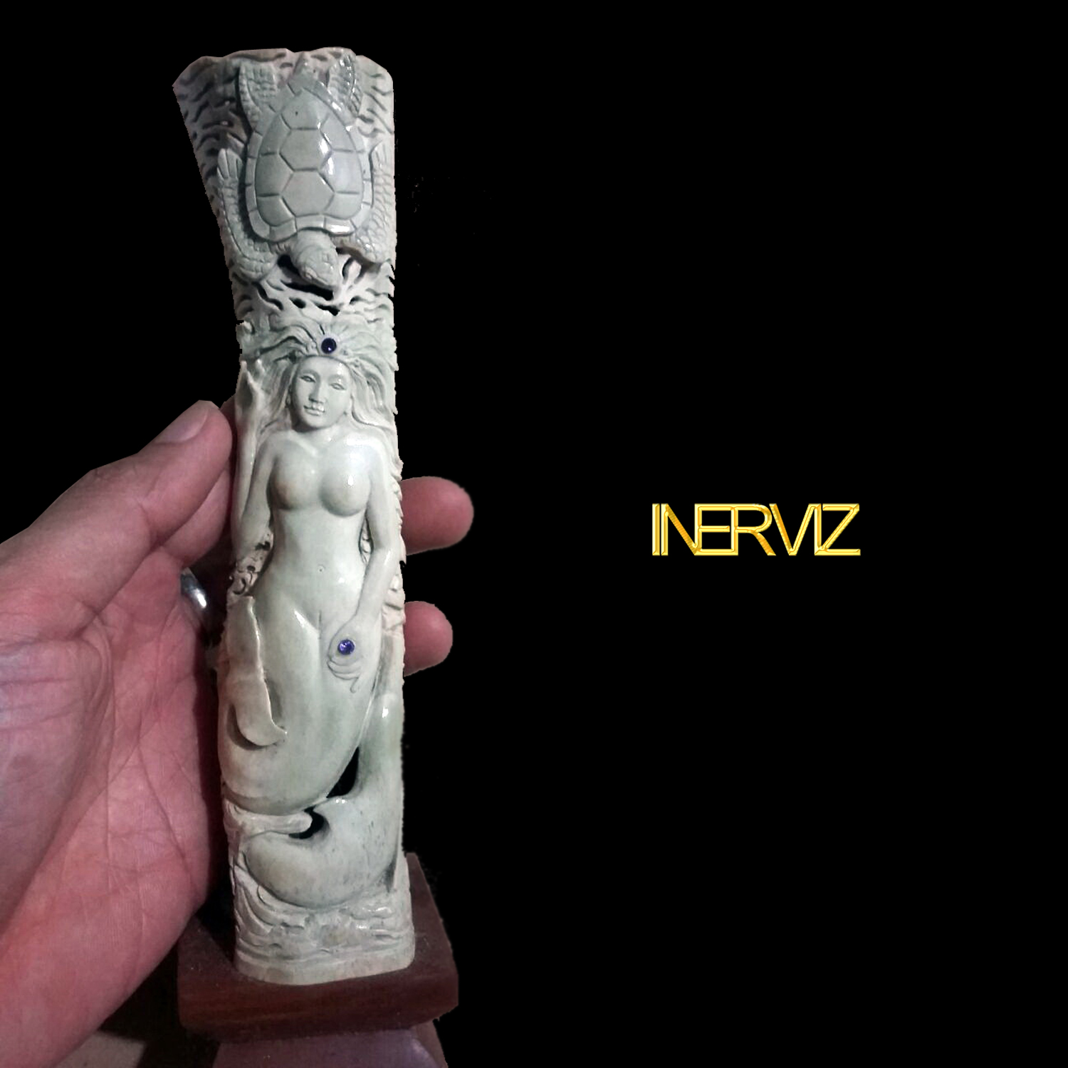Carving Of Bones Carved Bone Mermaid Statue And Pendant Mix Design Atau Ukiran Tulang Motif Putri Duyung Patung Dan Liontin