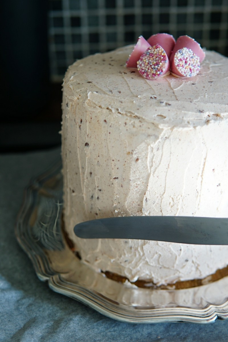 Täytekakku, kakku, kreemikakku, nakukakku