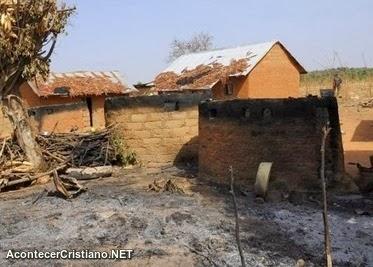 Iglesia quemada en Nigeria