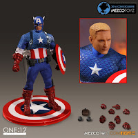 Mezco San Diego Comic-Con 2016 Exclusive ONE 12 COLLECTIVE Marvel Comics Captain America Deluxe Classic Version Figure