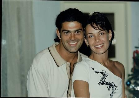Eduardo Moscovis como Nando ao lado de Milena (Carolina Ferraz) em Por Amor (1997) -  (Foto: divulgação)