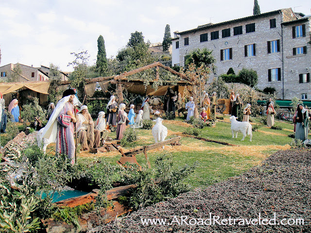 Christmastime presepio in Assisi, Italy. Photo: ARoadRetraveled.com. Unauthorized use is prohibited.