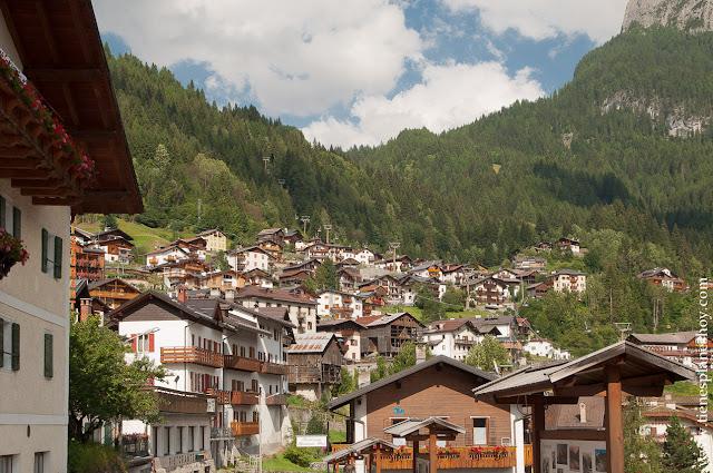 Alleghe pueblos Dolomitas Italia