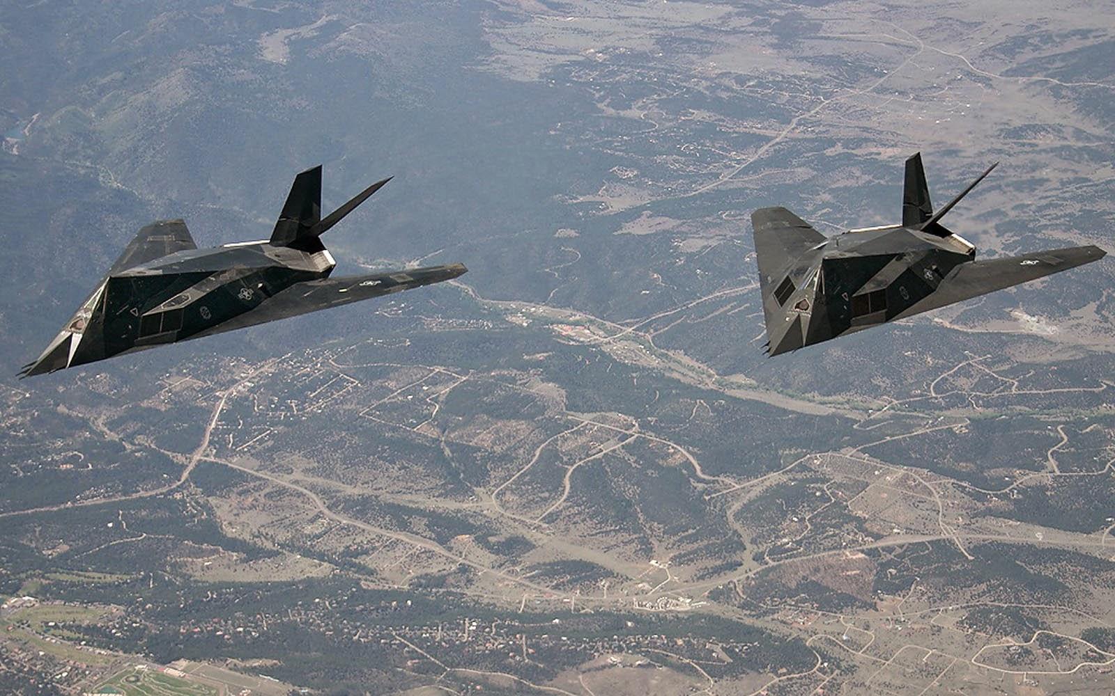F 117 Nighthawk At Night wallpapers: Lockheed F...