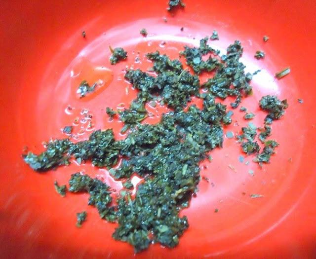 Cách trị mụn nhanh nhất bằng trà xanh và nước chanh cực hay