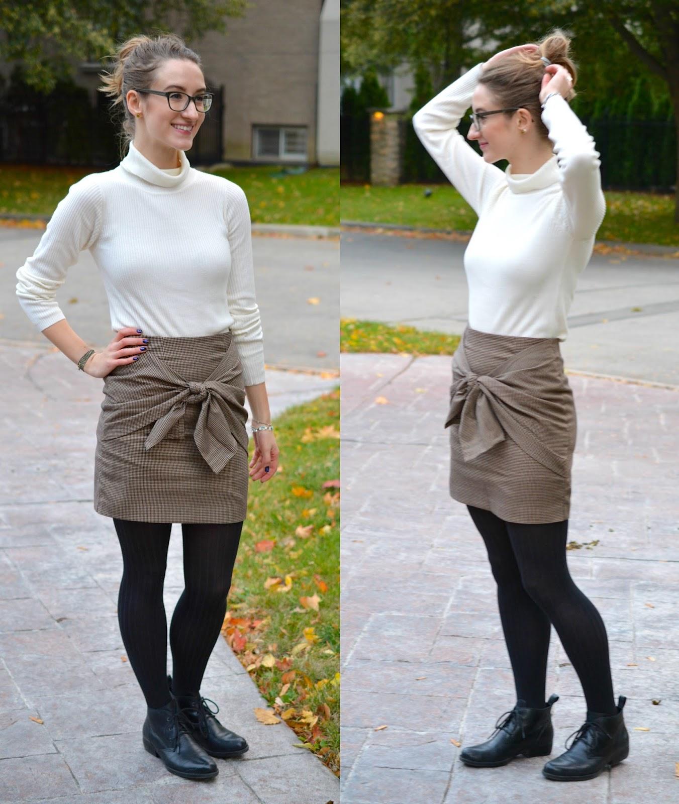 Mega bow skirt