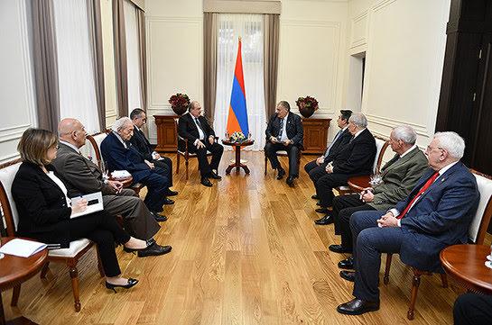 Primera reunión del Club Lazarev tuvo lugar en Ereván.