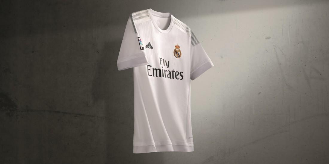 096f9102b7 La camiseta más cara del mundo! É com esta frase que o  Marca  repercute a  futura renovação de contrato entre Real Madrid e adidas.