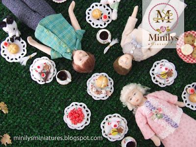 """minilys miniatures"" ""dolls"" ""picnic"" 1:12"