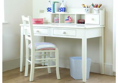 meja belajar anak minimalis putih