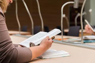 Lendo - 5 Sugestões de atividades para Formação de Leitores
