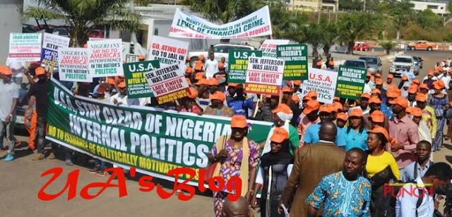PHOTOS: Group protests at American embassy in Abuja