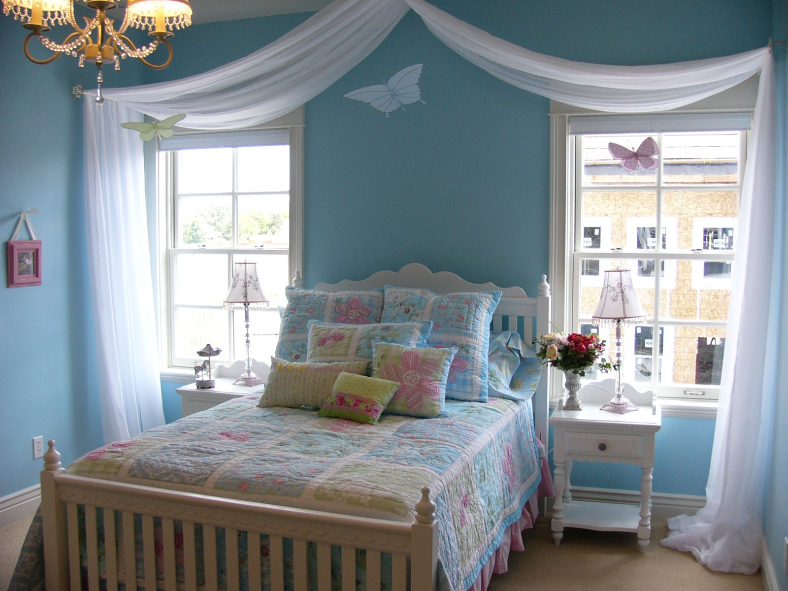 Cherry Blossoms: Guest Blogger: Boy and Girl Room Ideas on Girls Bedroom Ideas For Small Rooms  id=33630