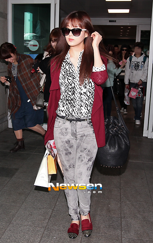 SNSD at Incheon Airport