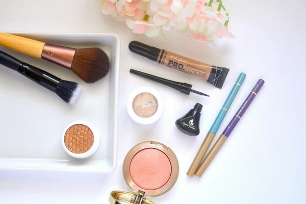 maquillaje basico que debo tener marcas economicas recomendadas
