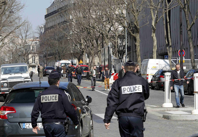 Letter bomb explodes at IMF headquarters in Paris