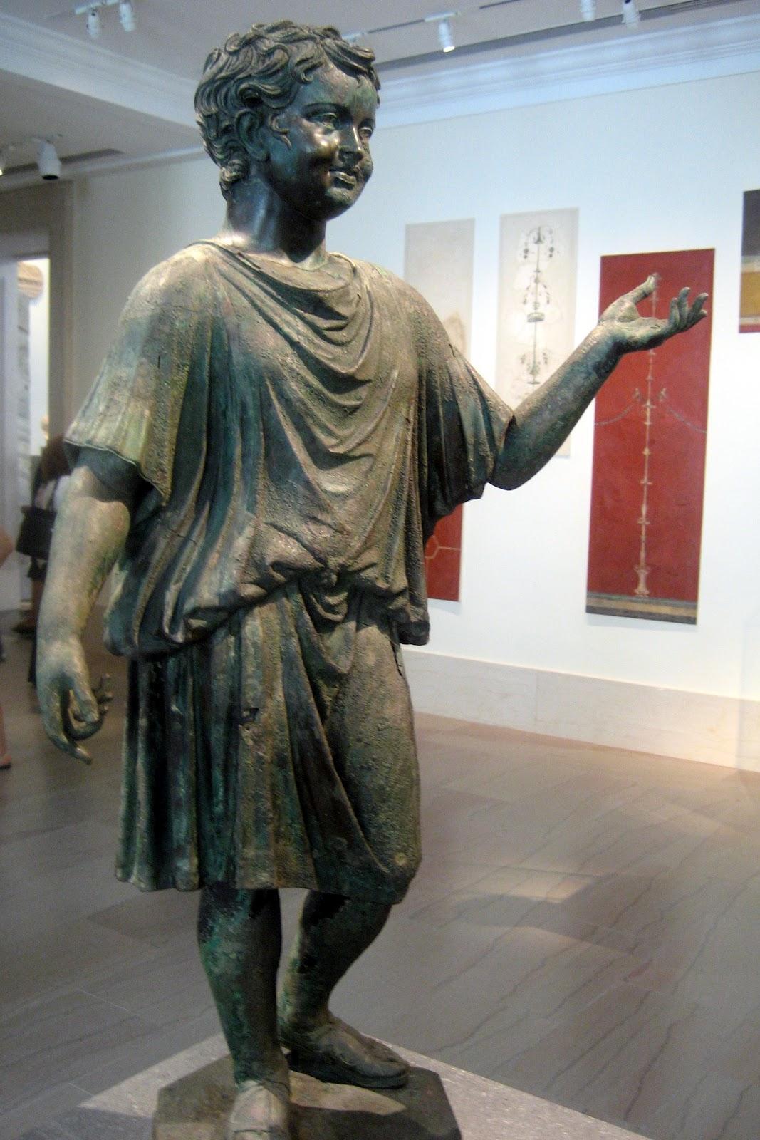 légende tenue romaine