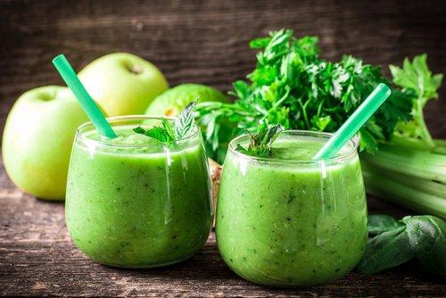 Les meilleurs smoothies verts pour brûler les graisses et contrôler l'anxiété