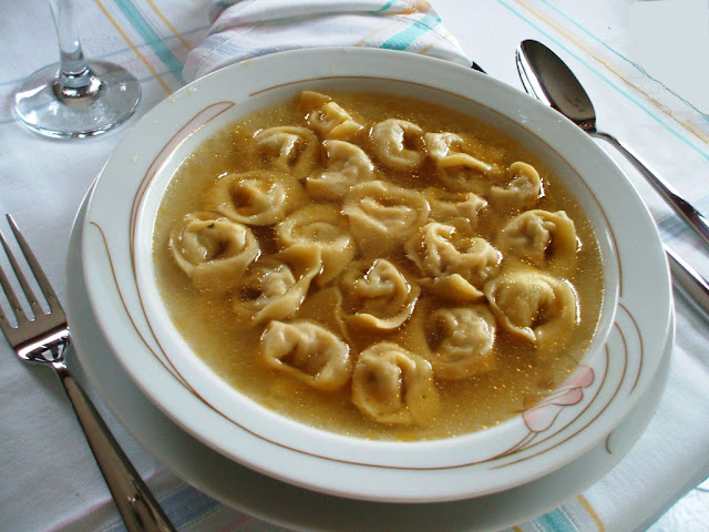 Cappelletti all'uso di Romagna