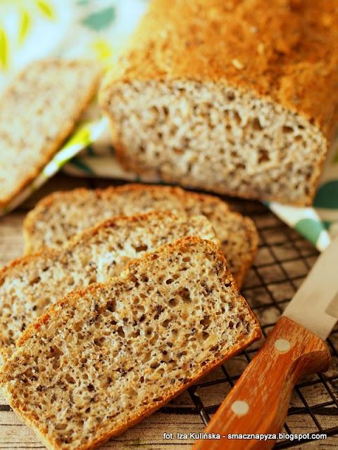 chleb pszenny z ziarnami, chleb z ziarenkami, chleb drozdzowy, drozdze, ziarna, chlebek, domowa piekarnia, bochenek, domowy chleb, moje wypieki,