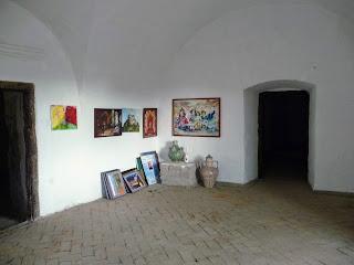 Замок Сент-Миклош. Дворец, тюрьма, склад, мусорная свалка, развалина, музей, исторический памятник, Замок Любви