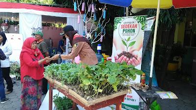 Pilkada di Jombang, Nyoblos Bawa Sampah Dapat Hadiah Benih Sayuran