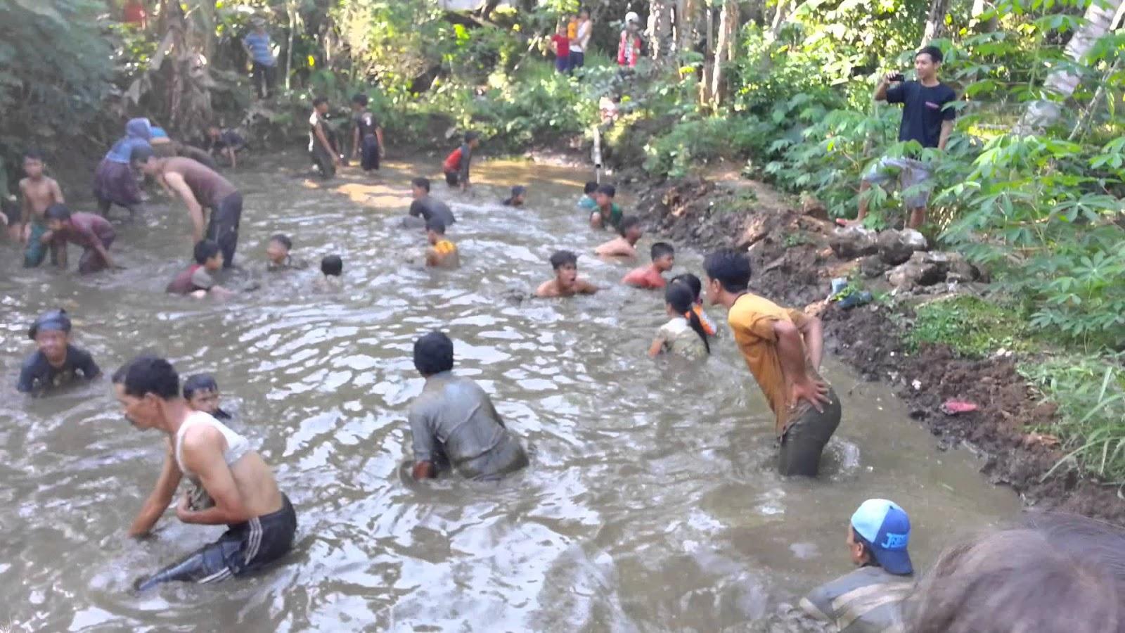 Sebuah Cerita Berjudul Nangok di Nanga Koman
