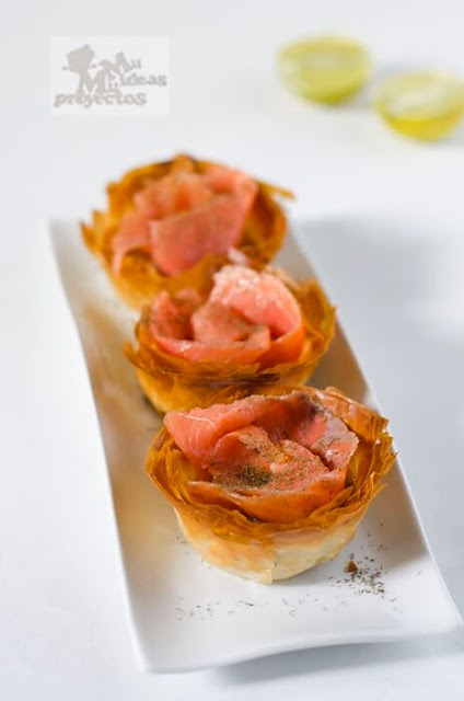 receta de tartaletas de cebolla caramelizada y salmón1