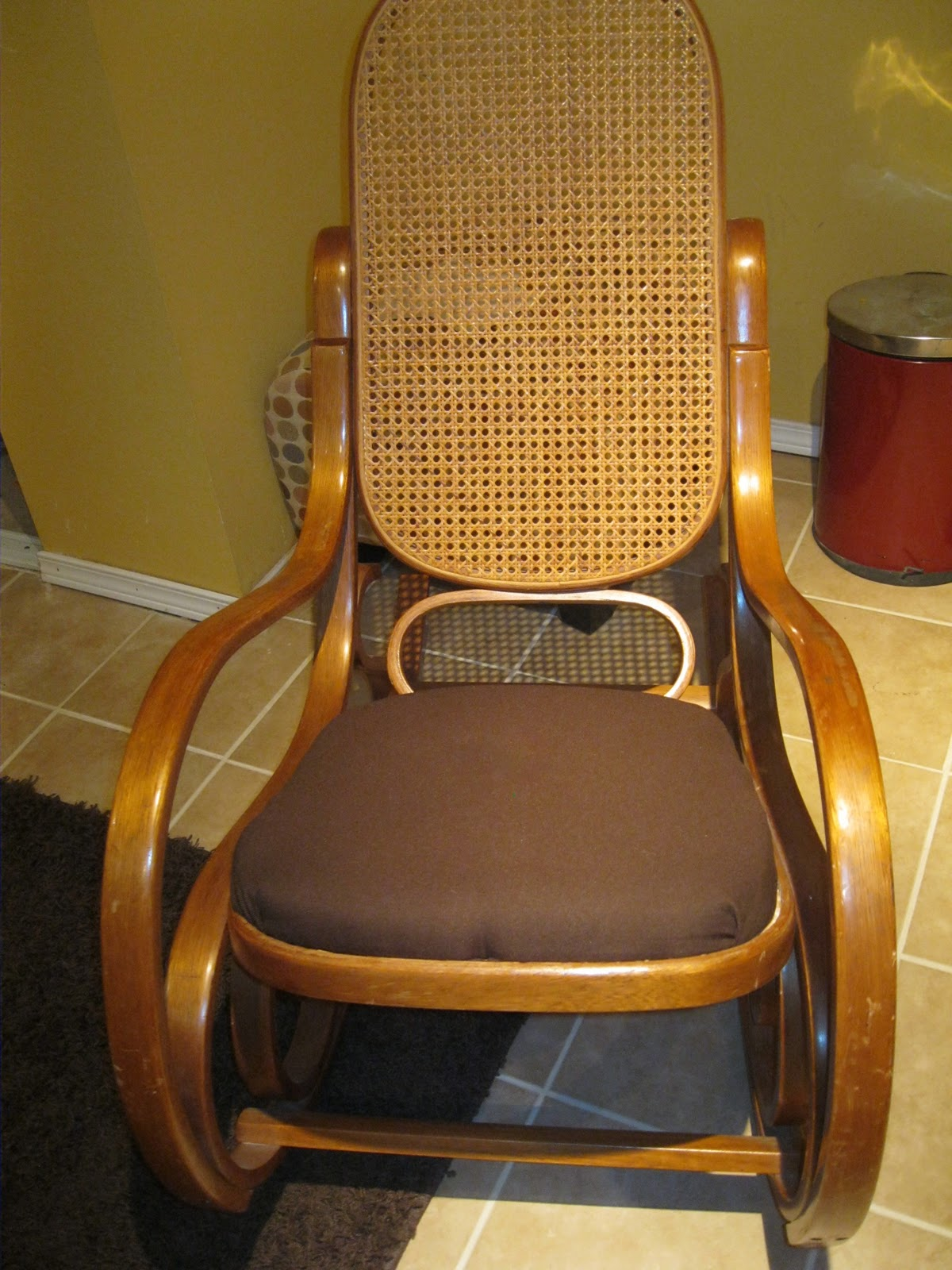 repairing cane seat chairs big comfortable nagle5 news quick fix for a bentwood rocker