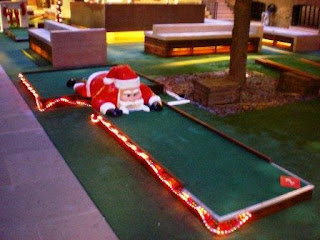 Christmas Miniature Golf on the Crazy World of Minigolf Tour