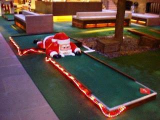 Christmas Miniature Golf on the Crazy World of Minigolf Tour