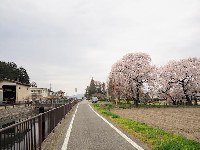 あづみ野やまびこ自転車道 拾ヶ堰 下堀公園