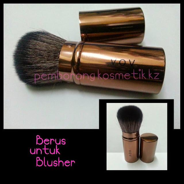 Kegunaan: boleh diguna untuk blusher atau loose powder