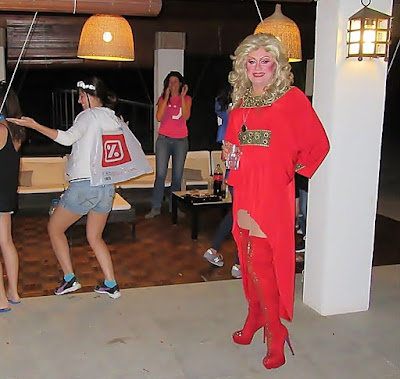 Showman Drag queen Gabrielle. Más espectáculo y diversión en tus eventos.