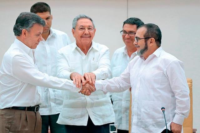 daremos noticias positivas a Colombia: @FARC_EPaz