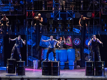 The North East Theatre Guide Review Stomp At Newcastle Theatre Royal - Stomp kitchen